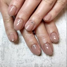 ヌーディピンク × ラメラインのシンプルなワンカラーブライダルジェルネイル|graph* nail & design|福井県福井市の隠れ家ネイルサロン